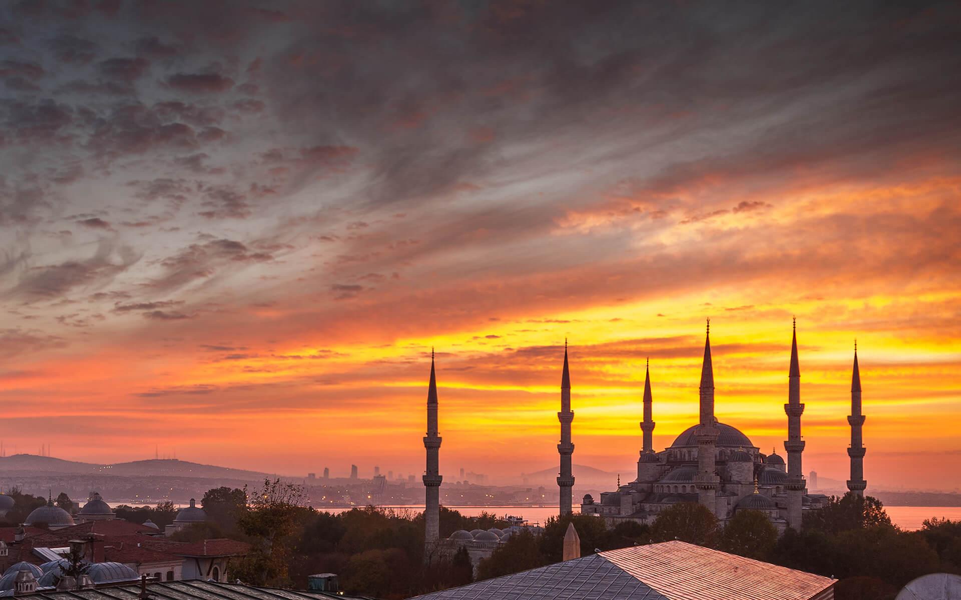 7031590-hagia-sophia-istanbul (1)