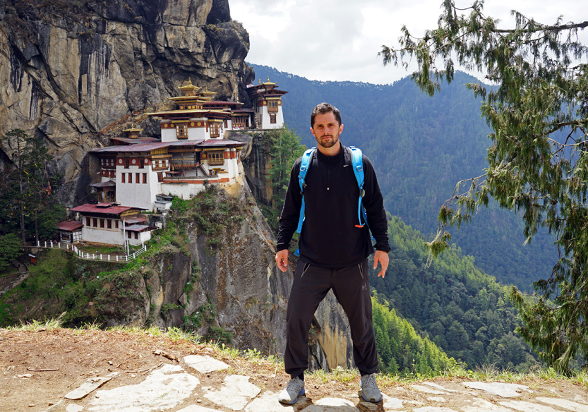 Bhutan-TigersNest-Me1