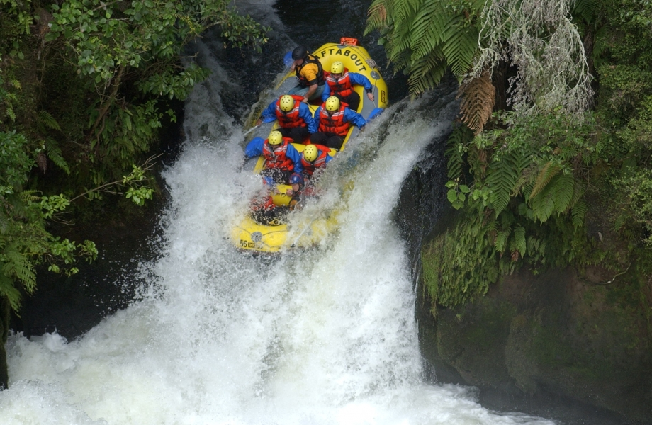 Image Credit : http://www.raftabout.co.nz/white-water-rafting/kaituna-waterfall