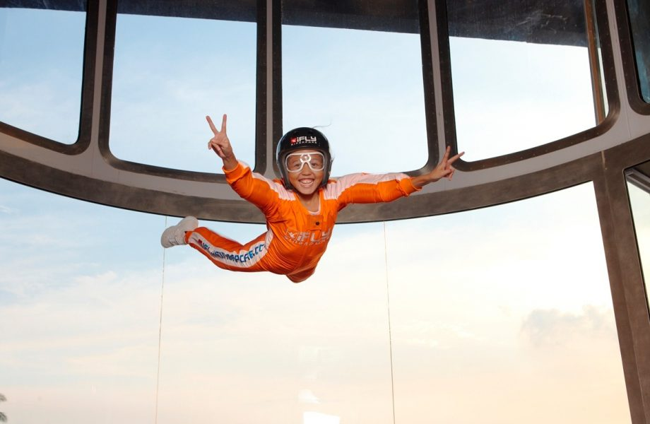 iFlySingapore - Indoor skydiving Singapore