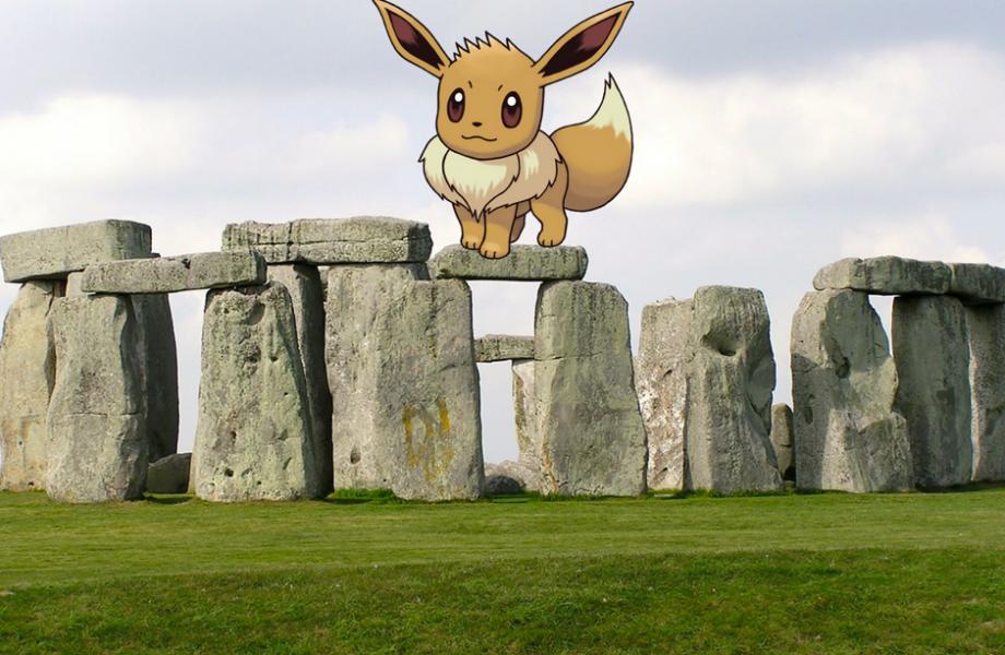 Eevee on Stonehedge in London