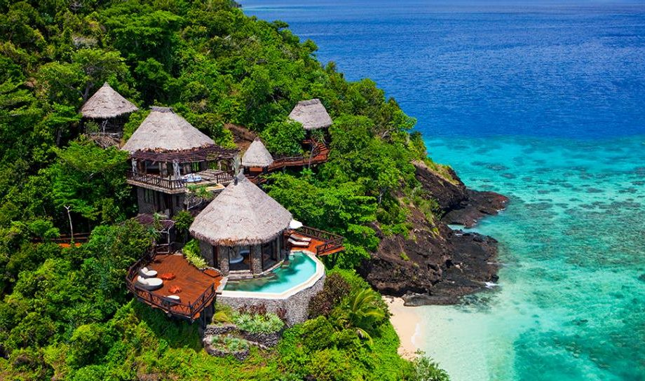 Fiji villa on the beach