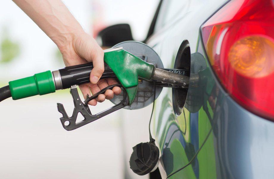 Filling petrol