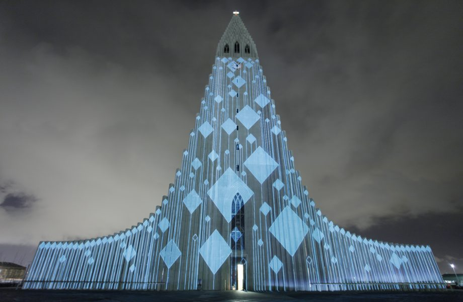 hallgrimskirkja-illuminated-winter-lights-festival-iceland