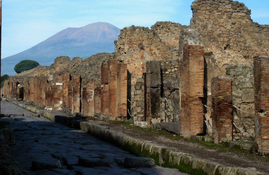 ruins-of-pompeii