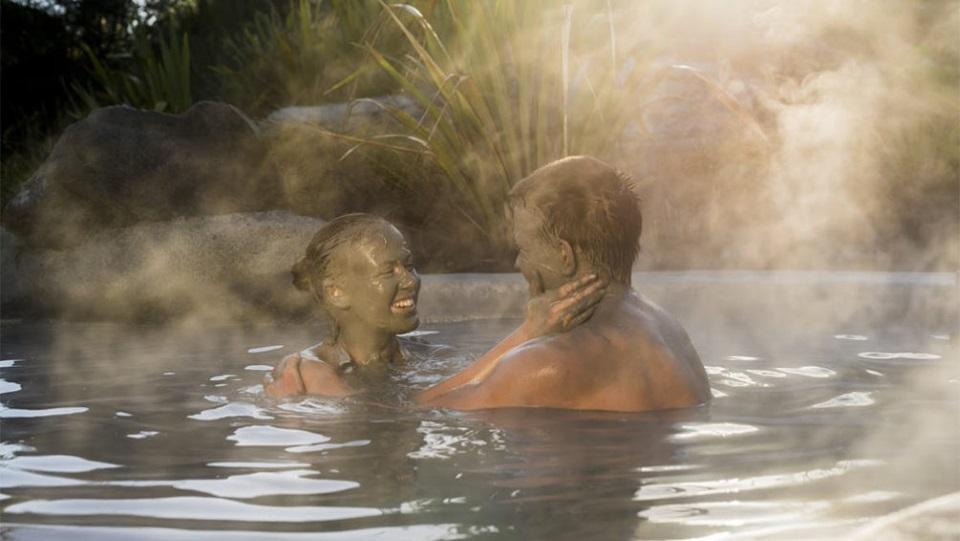 Mub bath in New Zealand