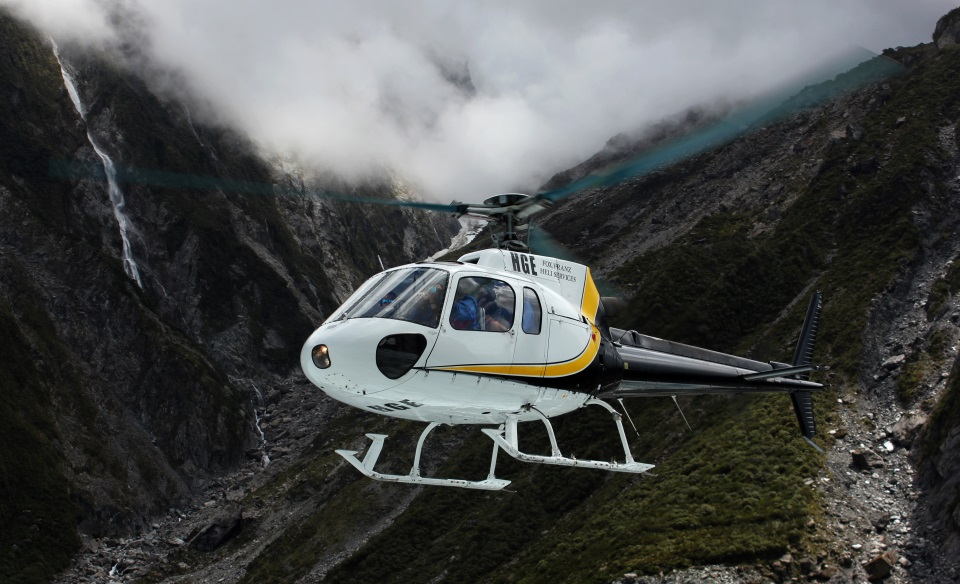 Helicopter ride to Franz Josef glacier