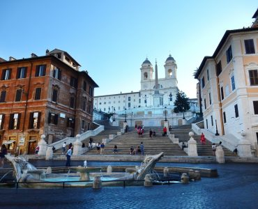 spanish steps, where to shop in Italy