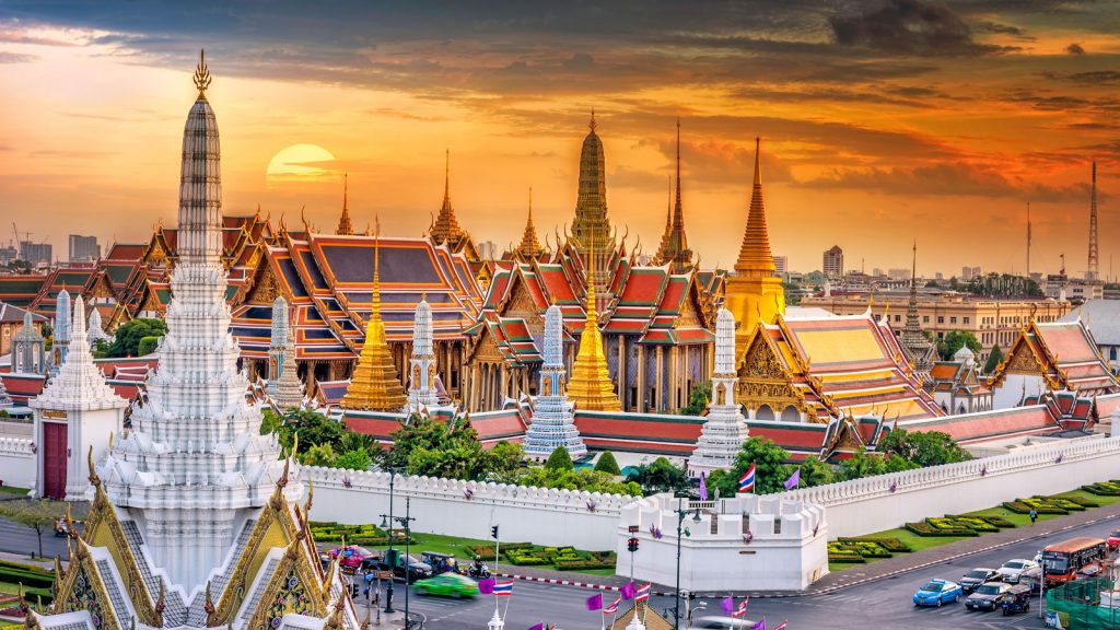 The grand palace,things to do in Thailand