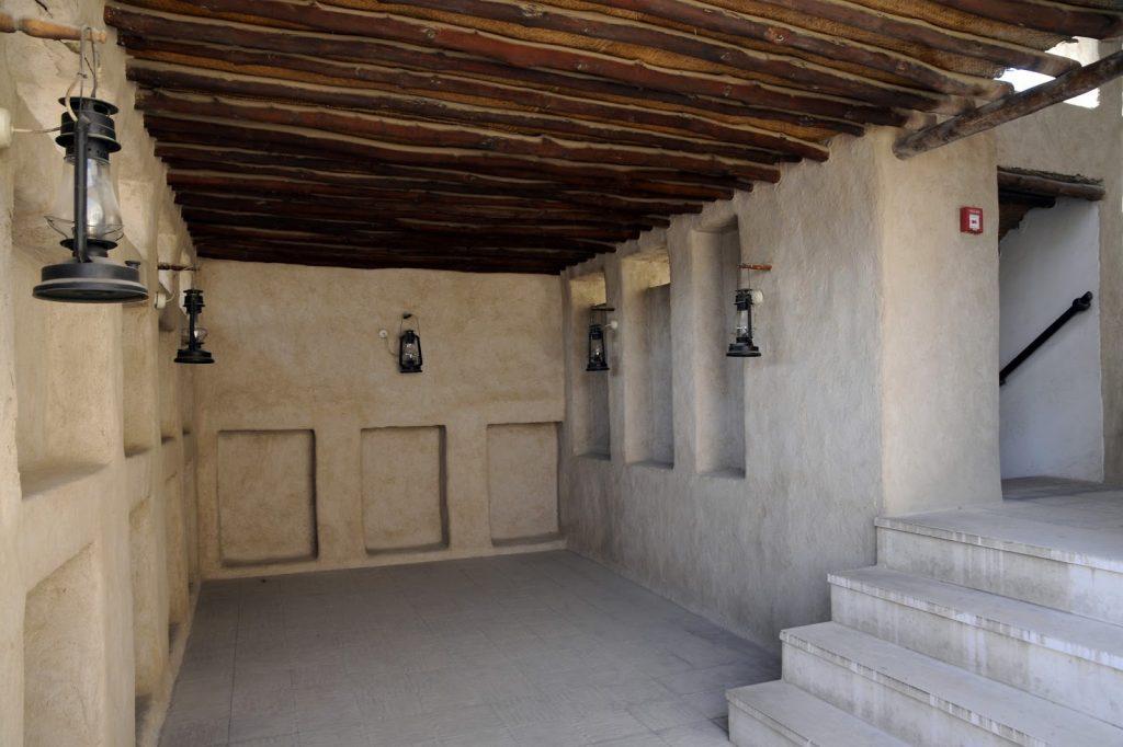 Inside-Maktoum-house