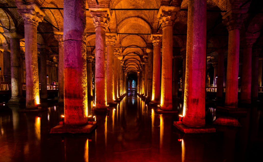 Basilica cistern, Columns, basilica