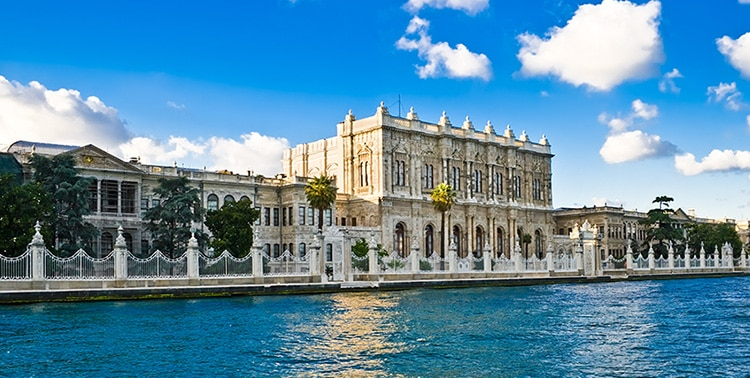 dolmabahce palace, palace in istanbul, turkey palace