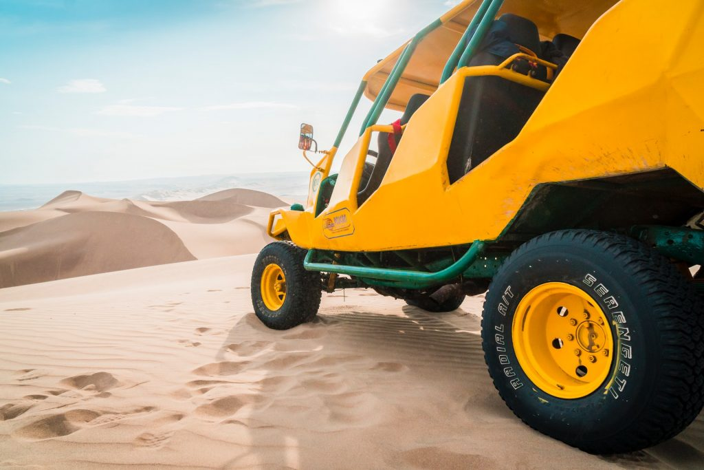 Dune buggy in Dubai.