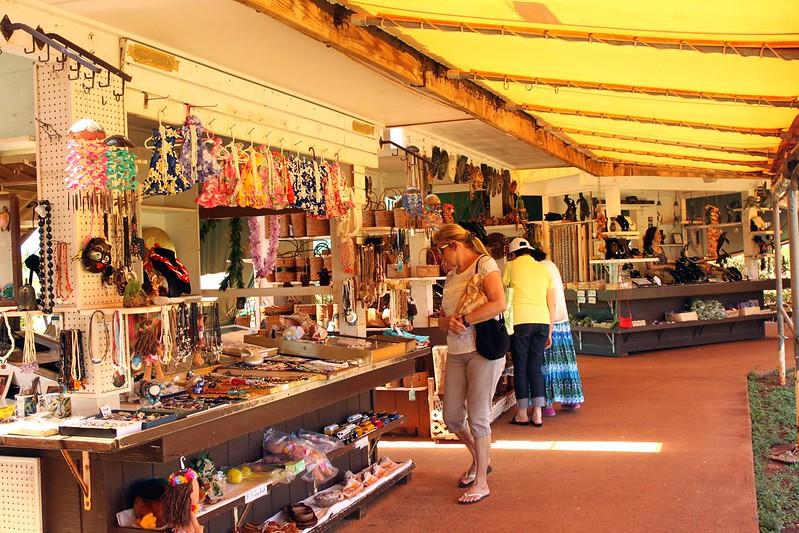Souvenir shopping in Mauritius