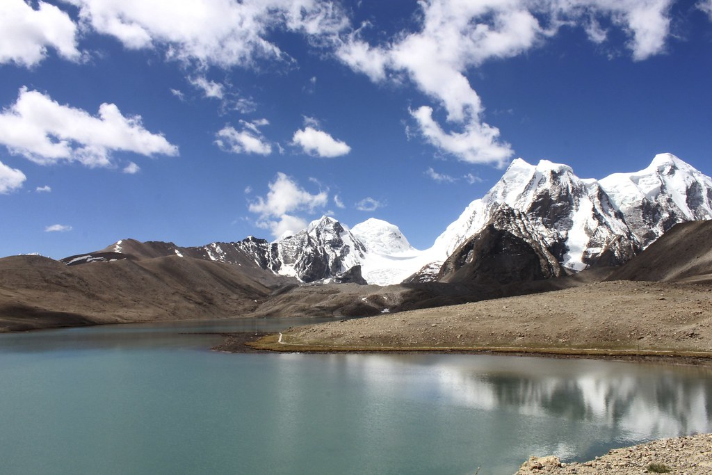 Gurudongmar Lake, one of the best places in Sikkim
