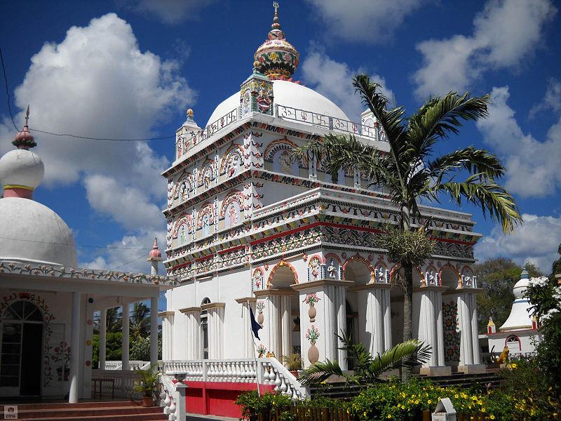 Maheswarnath Shiv Mandir in Mauritius