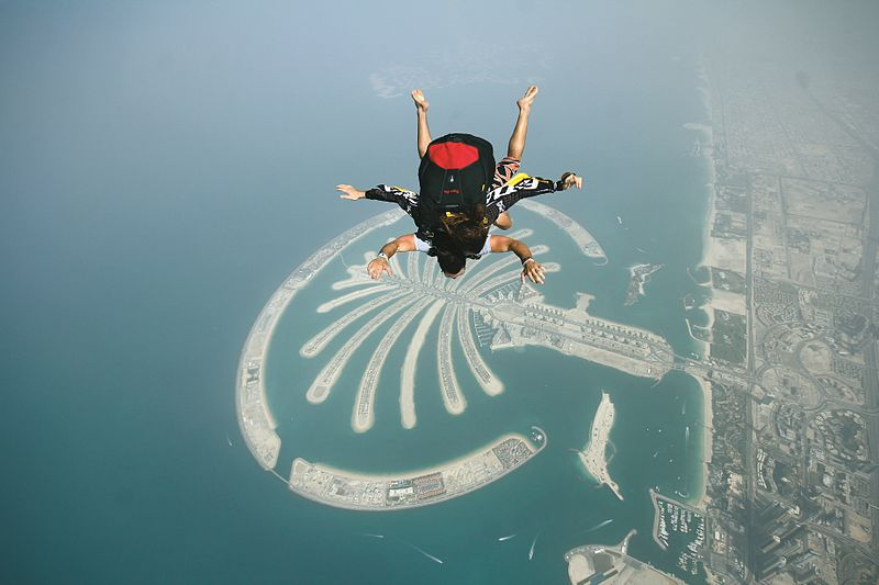 Skydiving in Palm Jumeirah