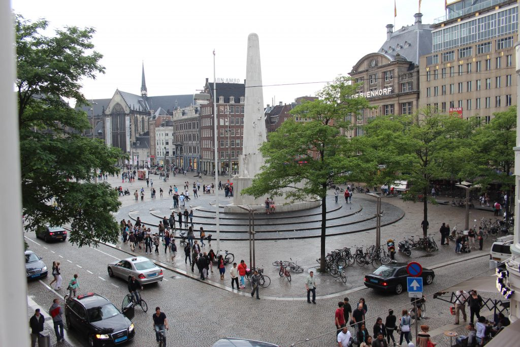 Day at Dam Square