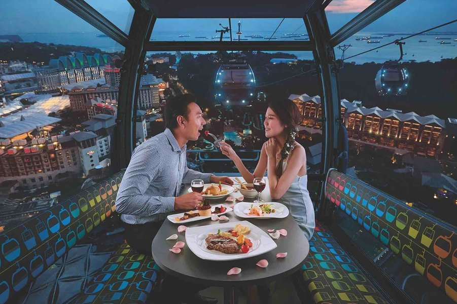 dining at mount faber cable car