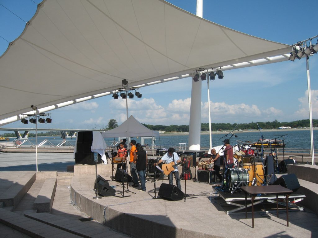 Live music at the Esplanade which is one of the best things to do in SIngapore