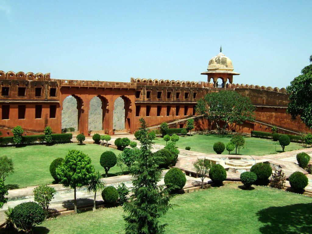 Jaigarh Fort Jaipur (Best Tourist Spots in Jaipur)