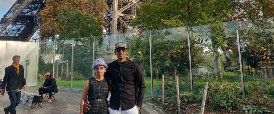 Couple in Eiffel tower