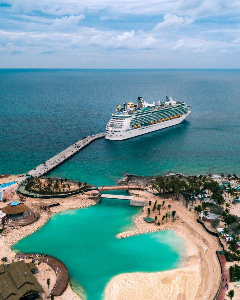 Cruise in Palm Jumeirah