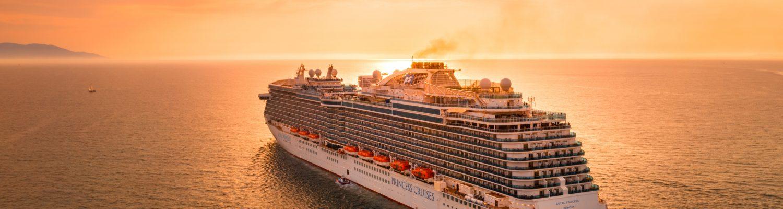 Dubai cruises