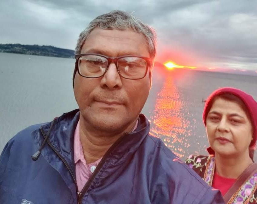 sunset selfie with wife on my vacation to new zealand