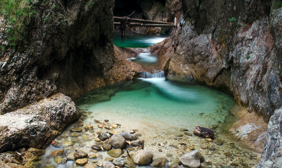 Pool in a Canyoning trail