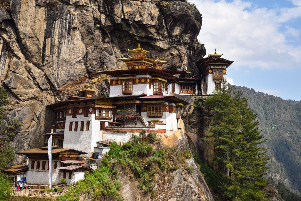 Tiger's nest in the paro valley in Bhutan