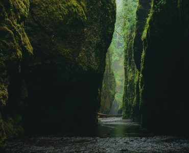Narrow paths of a Canyon