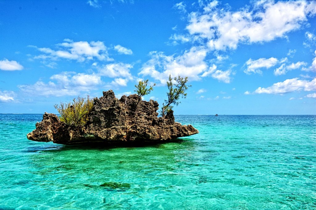 An amazing picture of Mauritius crystal rock