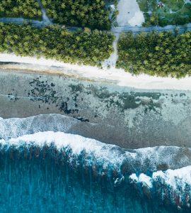 Kudahuvadhoo island beach