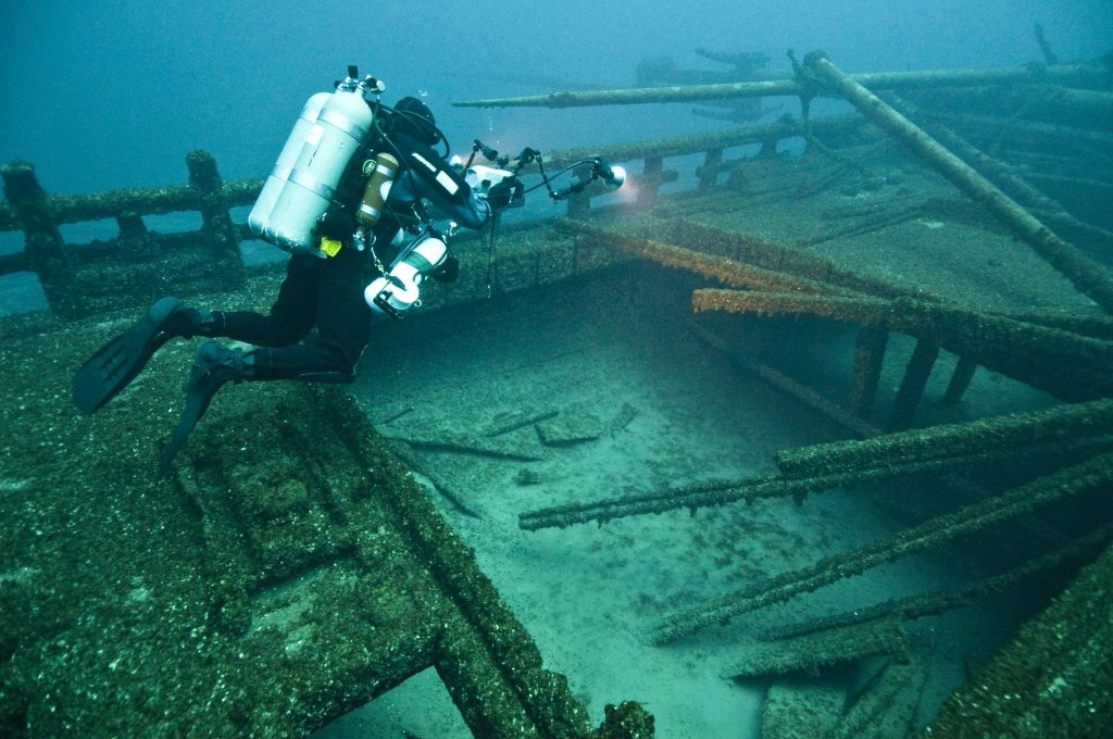 "The wreck of the ""Madi-Ge"""