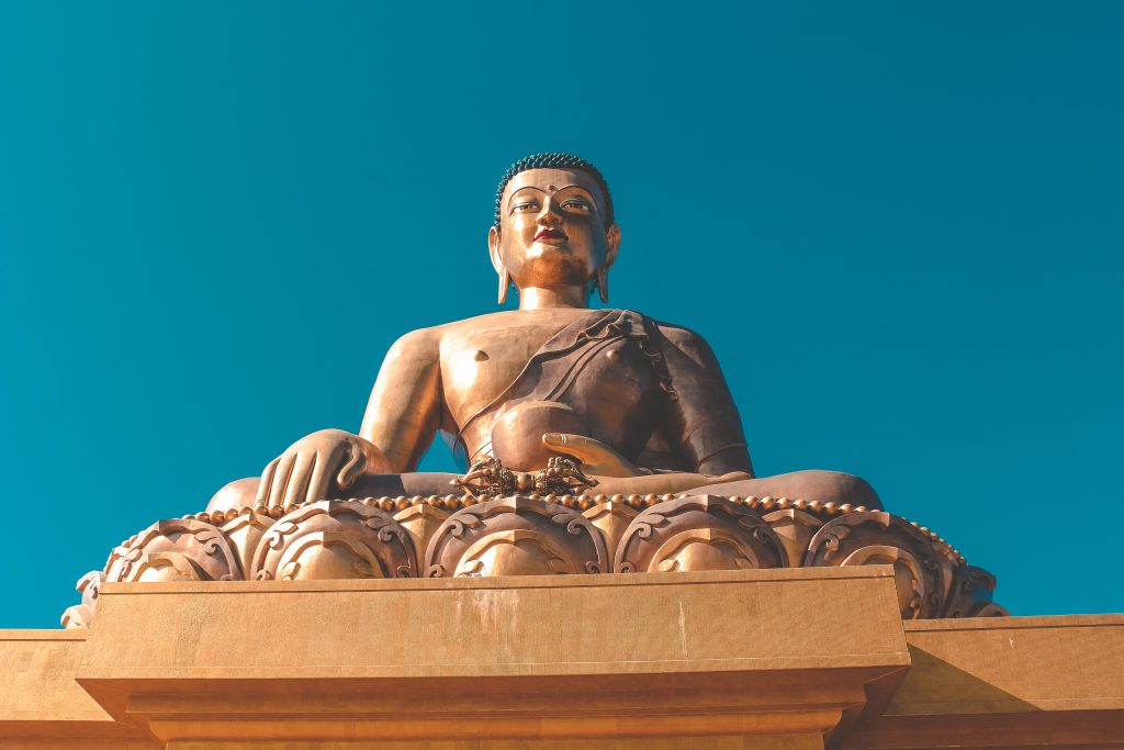 An amazing picture of the Buddha statue in Bhutan