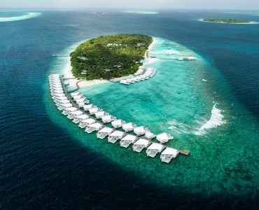 Veligandu island resort in Maldives