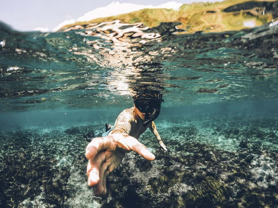 This image has an empty alt attribute; its file name is snorkeling-in-andaman.jpg