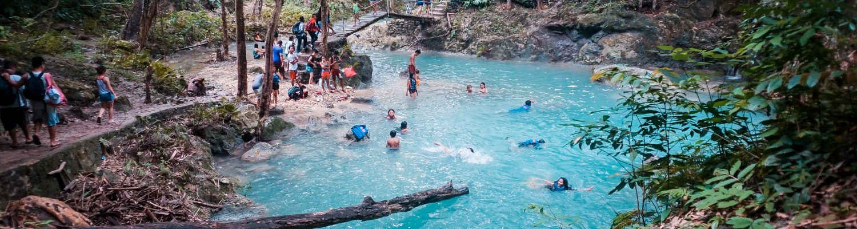 People enjoying in Kawasan falls