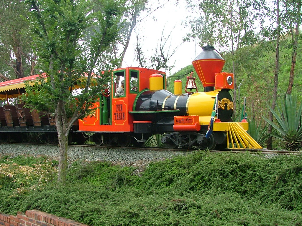 train at gold reef city theme park