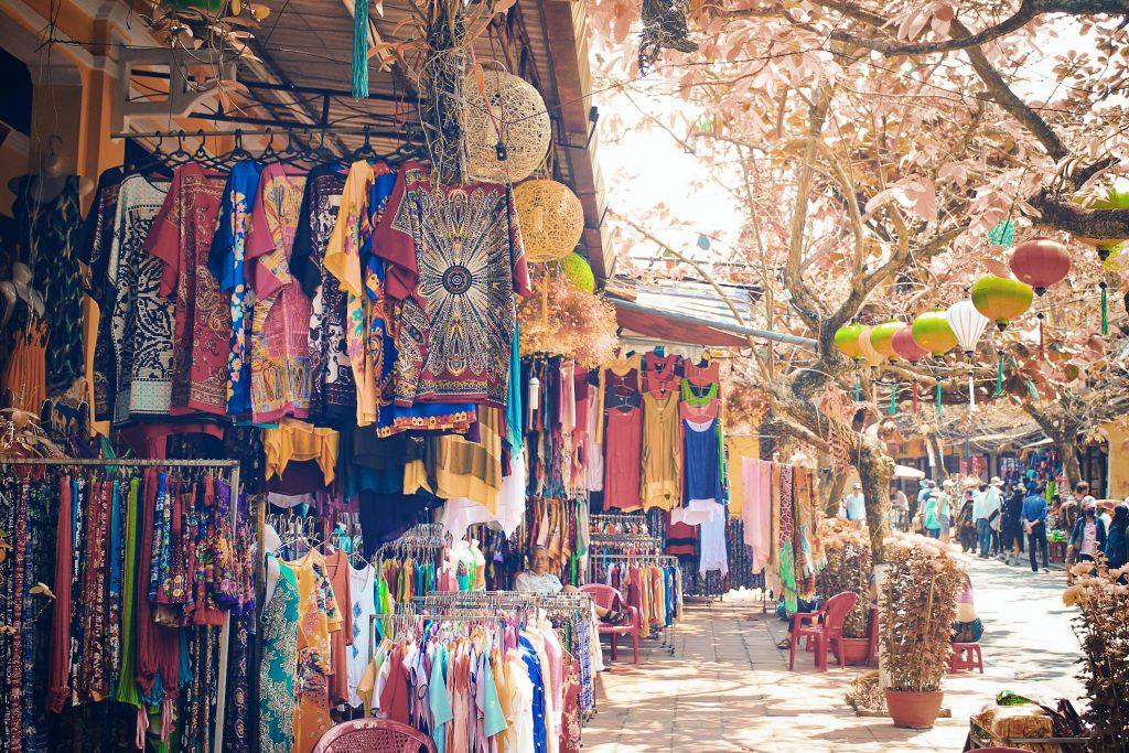 Laitumkhrah Market