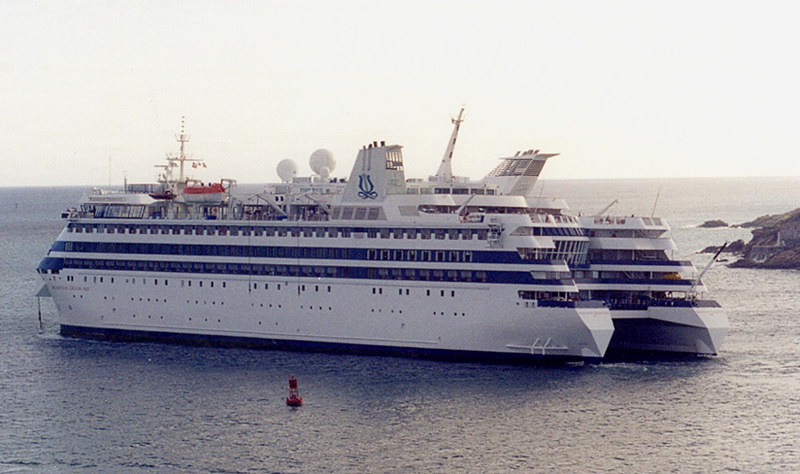 Catamaran Cruise Ship