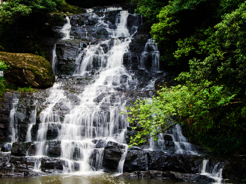 A breathtaking picture of Elephant Falls in Shillong
