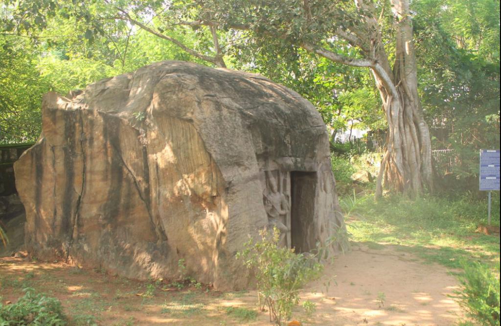 Vizhinjam Rock Cut Cave Temple