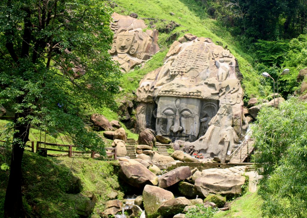 A picture of statues in Unakoti