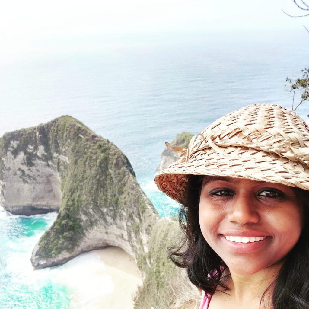 Admiring the beauty of Nusa penida
