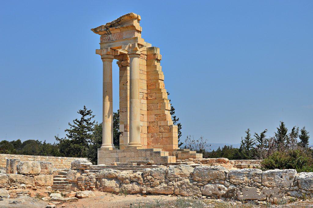 Sanctuary Apollo Pillars