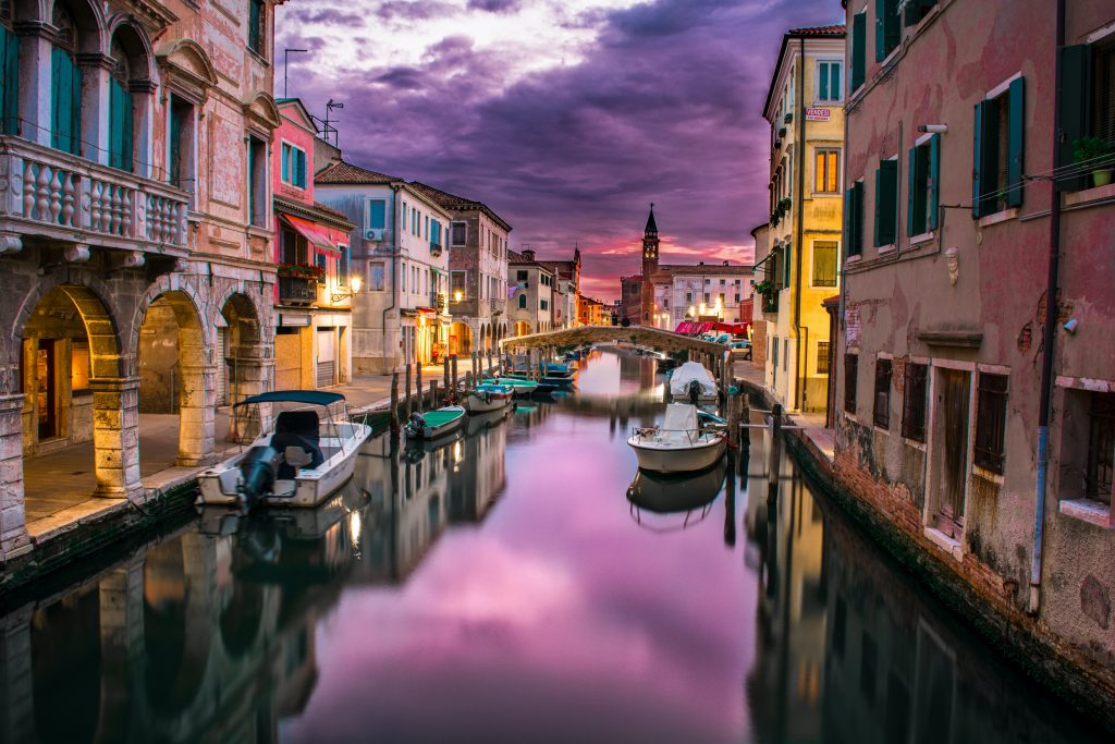 A colourful picture of Venice