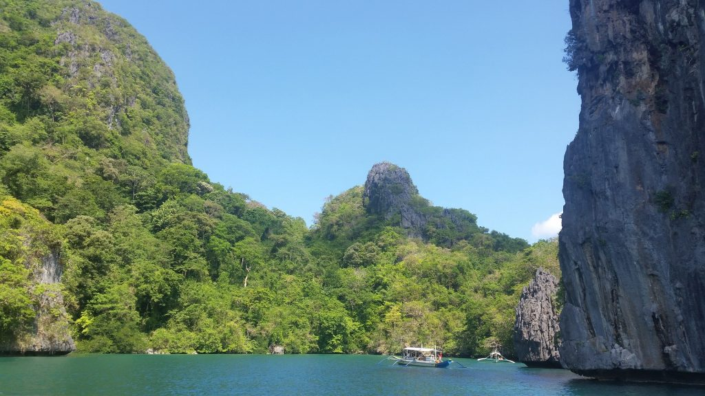 Palawan island INSTAGRAMMABLE PLACES IN PHILIPPINES