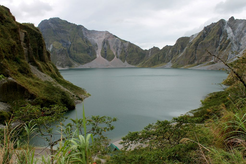 Mt. Pinatubo INSTAGRAMMABLE PLACES IN PHILIPPINES